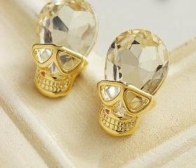 Personality skull earrings